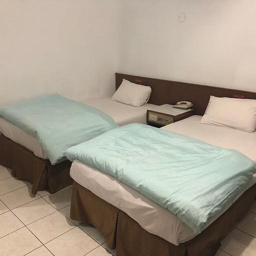 החדר במלון