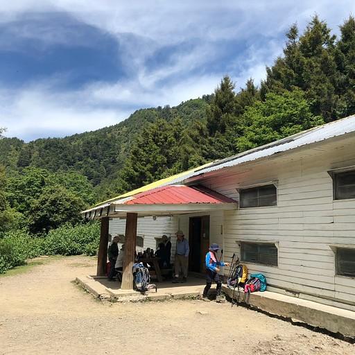 בקתת צ׳יקה אחרי שני קילומטרים