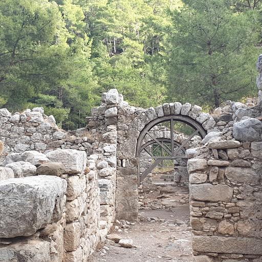 העיר הקדומה אולימפוס
