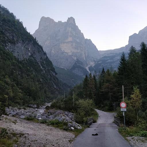 תחילת המסלול בקפנה טריאסטה