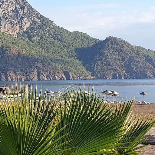 החוף של Adrasan