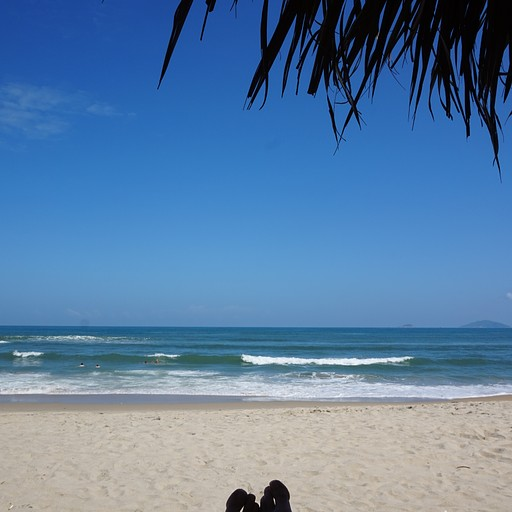 חוף AN BANG