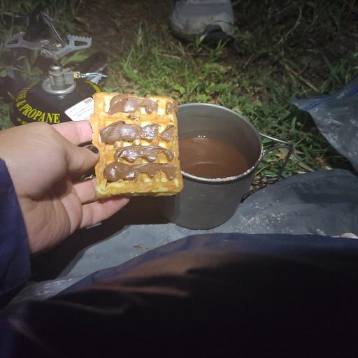 ארוחת בוקר- שוקו וואפל עם נוטלה ממ יאמי