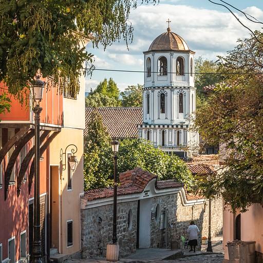 כנסיה באחד מרחובות העיר