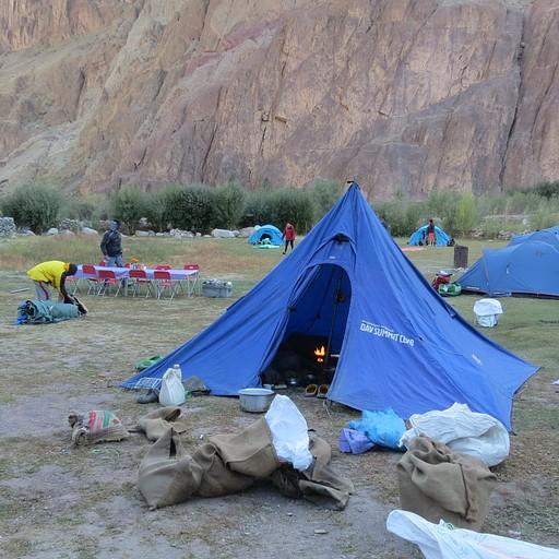 אתר הקמפינג באכסניה ב Lato