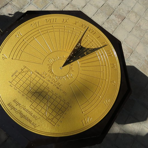 שעון שמש מדויק ביותר ברגיסטן