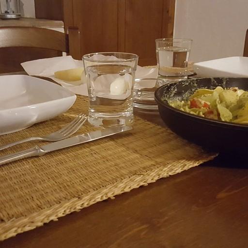 ארוחת ערב בוילה ממצרכים מהסופר המקומי