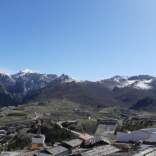 הנוף מהמנזר