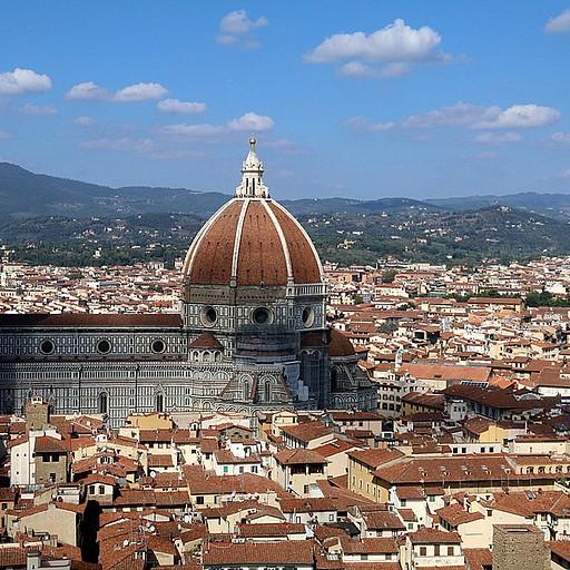 תצפית אל הדואומו והעיר העתיקה של פירנצה