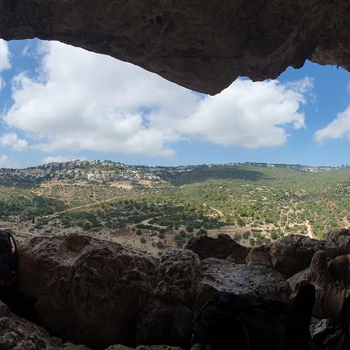פנורמה ממערת אורנית