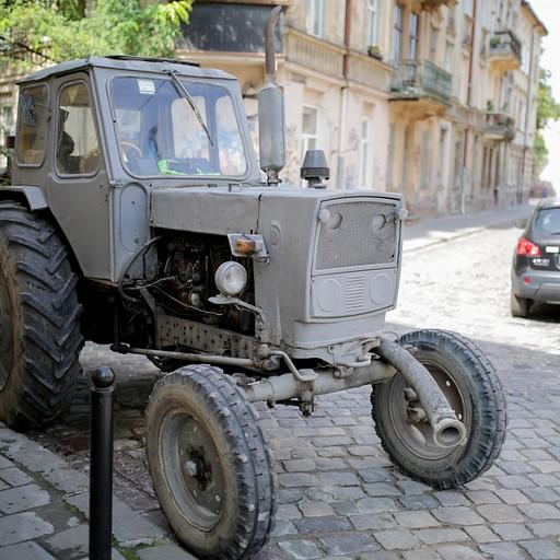 רכב של העירייה לשאיבת ביוב