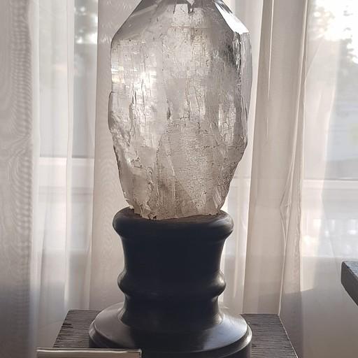 קוורץ יפהפה במוזיאון הגיאולוגיה