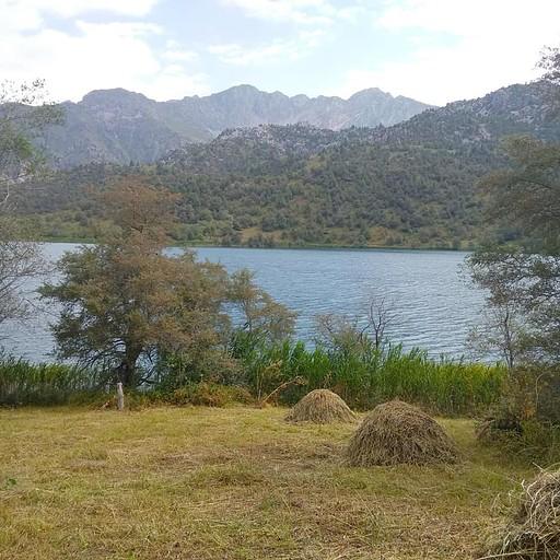 אגם בדרך לSary Chelek