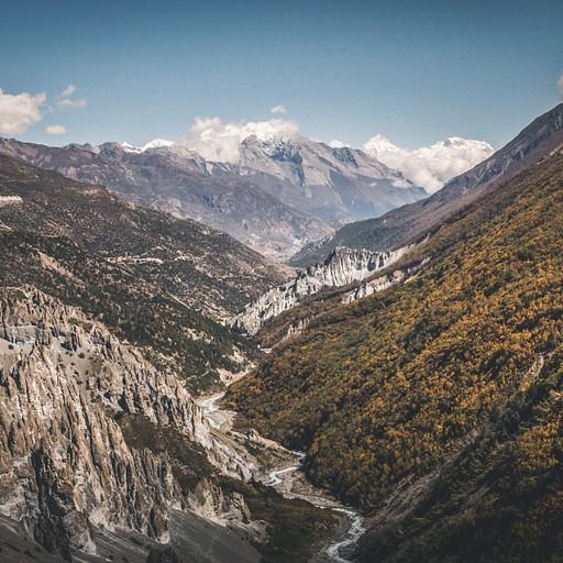 מבט לאחור אל עמק מנאנג