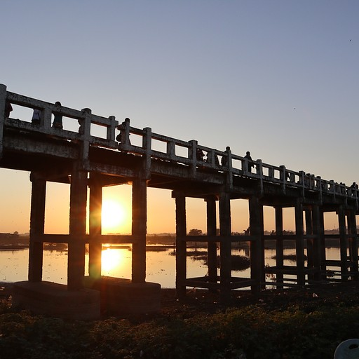 שקיעה בU Bein Bridge