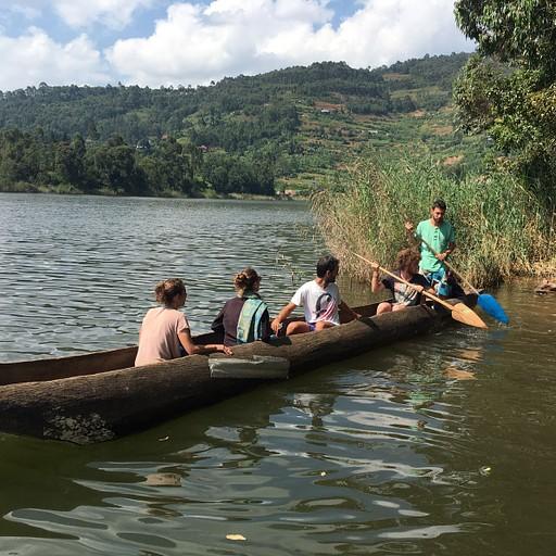 שייט בקאנו באגם בוניוני