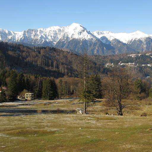 הנוף מקאבנה Trei Brazi, השלג שהיה לפני שבוע כבר נמס