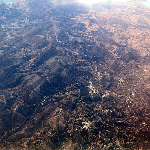 נוף בטיסה (מעל אחד מאיי יוון).
