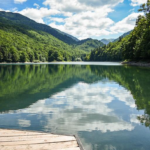 האגם שממנו מתחיל המסלול לפסגה.