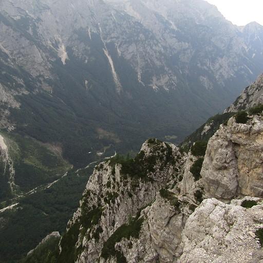 העמק תוך כדי הטיפוס