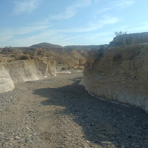 הכניסה לנחל חמר