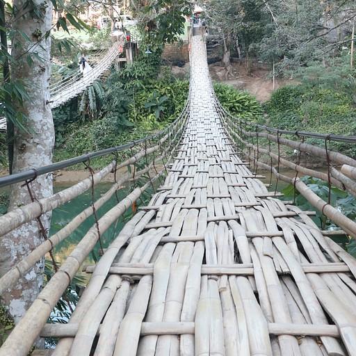 גשר במבוקים