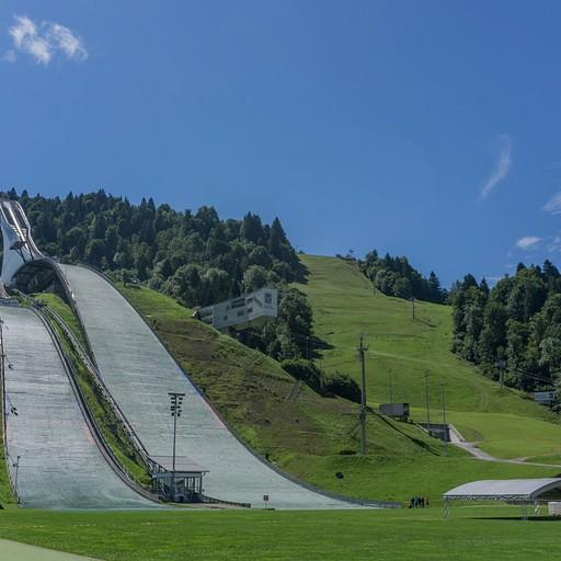 אצטדיון קפיצות הסקי