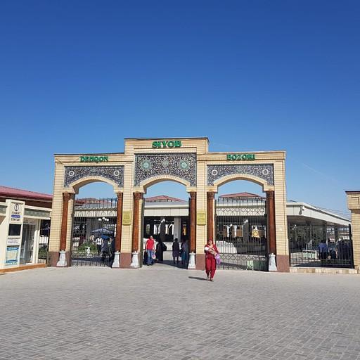 הכניסה לשוק המקומי מכיוון המדרחוב
