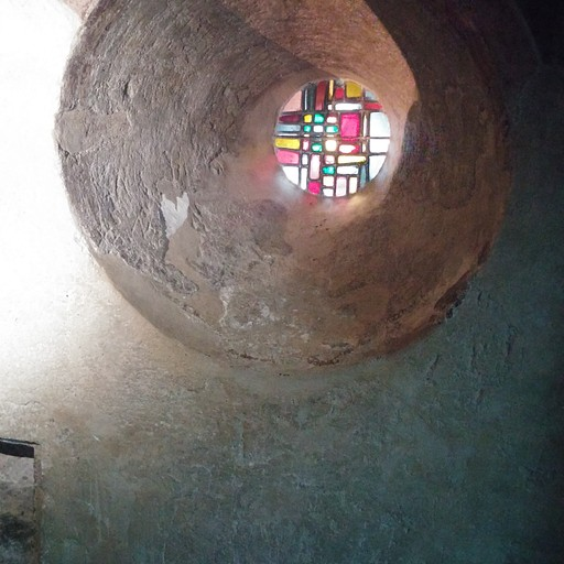 הטבור הקדוש ב Saint Michel d'Aiguilhe