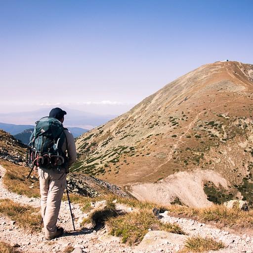 ההר הגבוה ביותר. לפני הירידה לאוכף שלמרגלות המוסאלה.
