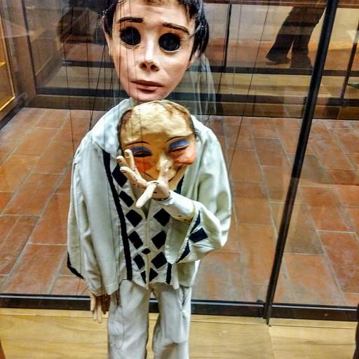 פיירו במוזיאון המריונטות