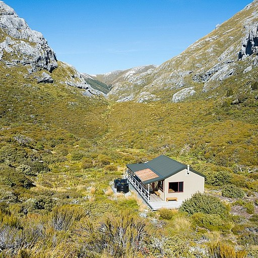 Granity Pass Hut