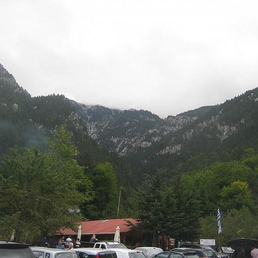 תצפית מ- prionia - מסעדה שיושבת על תחילת המסלול שם השארנו את האוטו למחרת