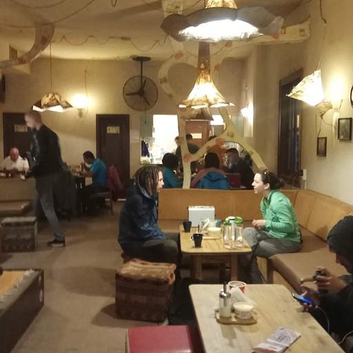 אזור הישיבה החברתי בגסט האוס