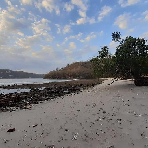 gamat bay beach