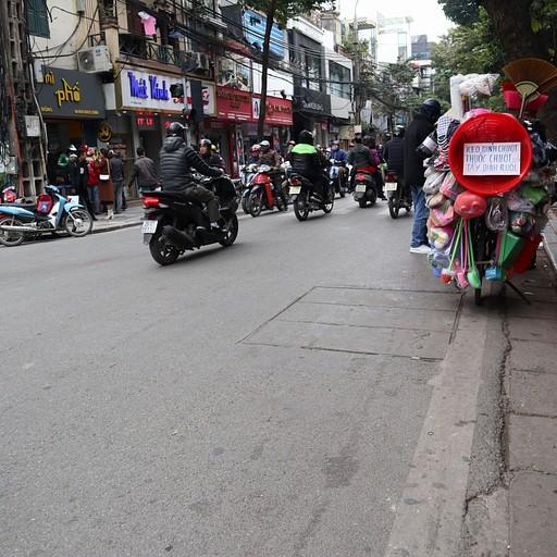 האופנועים ברחובות