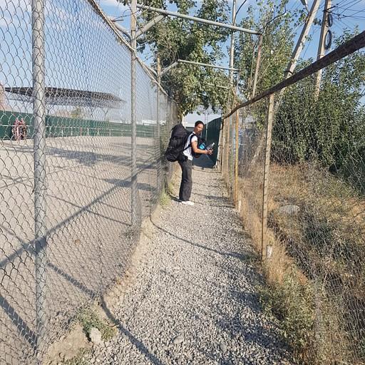 מעבר הגבול Dostuk בין קירגיזסטן לאוזבקיסטן