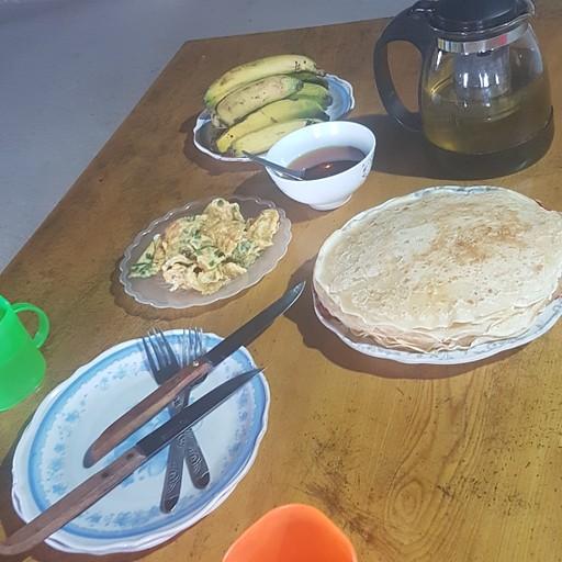 הארוחת בוקר של מאמא מאיי