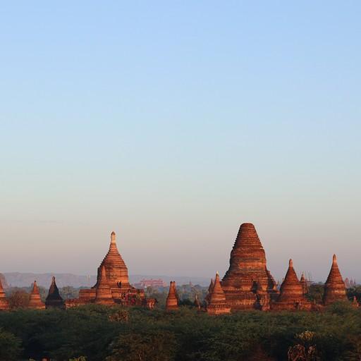 מקדשים לפני שקיעה, מנקודת השקיעה בסיום הסיור עם נוי נוי