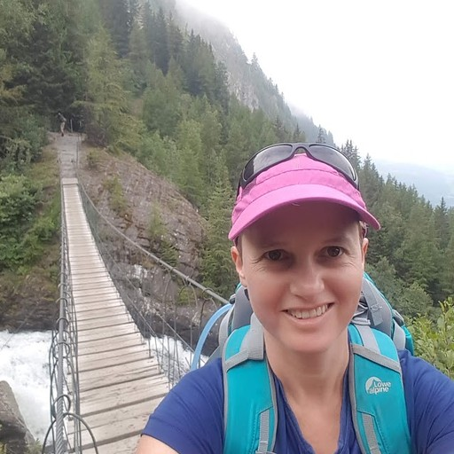 גשר חבלים והערפל המתפוגג