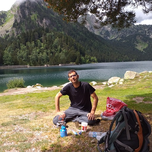 קפה ראשון באגם מאוריציו