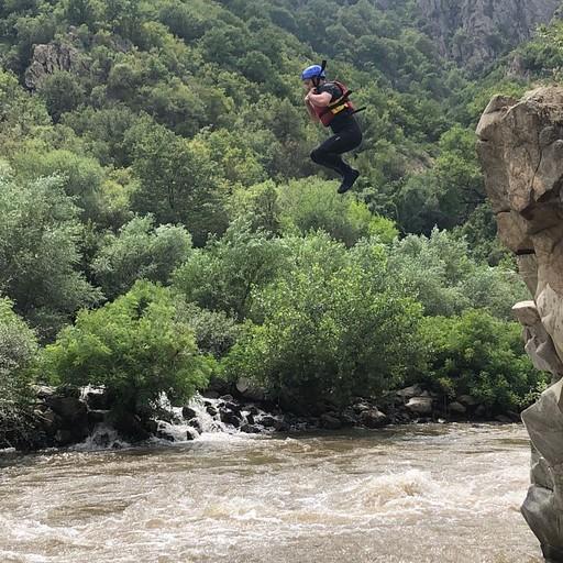 אחד התמונות הבודדות שיש לנו מהרפטינג ( זאת הקפיצה שאפשר לקפוץ כשעוצרים)