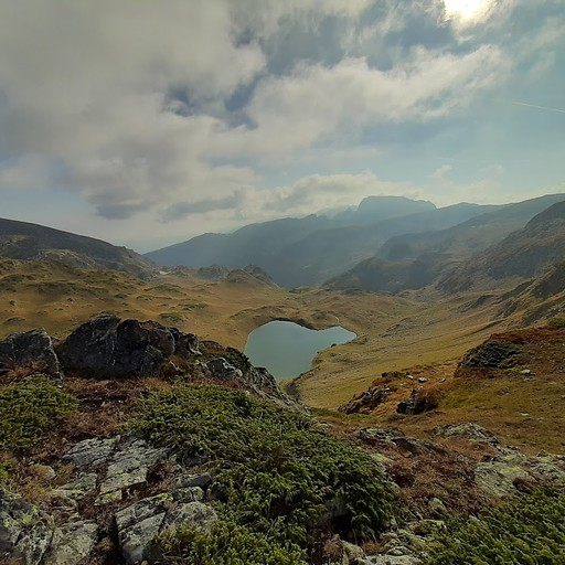 לאחר היציאה מהעמק והעלייה לרכס מקבלים תצפית יפה וזוהי גם נקודה עם קליטה טובה