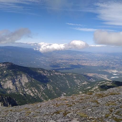 הנוף במסלול של הריפיוגי לחניון פריוניה