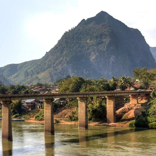 הגשר של נונג קיאו