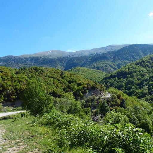 הדרך ממגלו פפיגו למיקרו פפיגו - לאורך הכביש (והנוף ממנה)