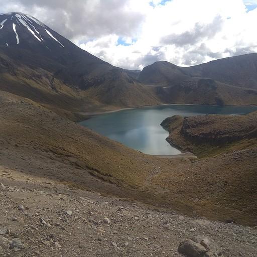 האגם העליון
