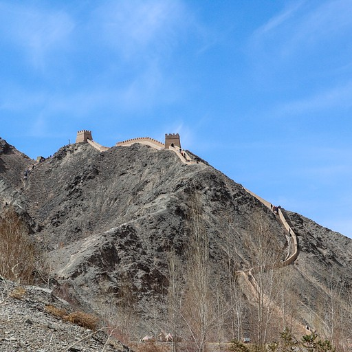 החומה התלוייה - קצה החומה הגדולה, הנקודה המערבית ביותר.