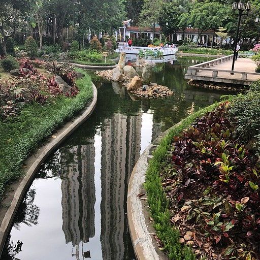 Lok Kwan Street Park