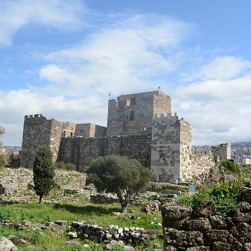 המצודה הפיניקית בביבלוס
